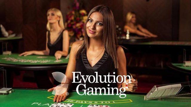 Evolution-Gaming-dealer-640x359